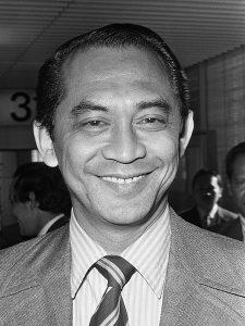 ali sadikin nama gubernur DKI Jakarta