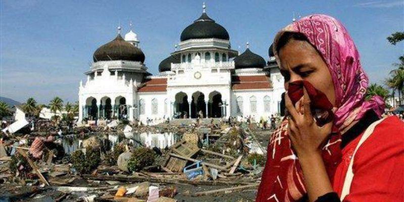 Macam-macam Contoh Gambar Bencana Alam di Indonesia